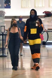 Larsa Pippen with NBA Star Malik Beasley Out at a Mall in Miami 11/23/2020 1