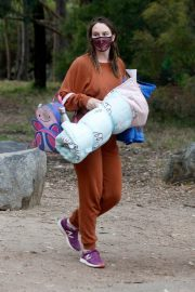 Leighton Meester in Reddish Brown Outfit Out at a Park in Los Angeles 11/23/2020 1