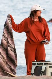 Leighton Meester in Reddish Brown Outfit Out at a Park in Los Angeles 11/23/2020 12