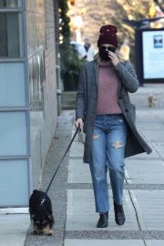 Lili Reinhart Out with Her Dog in Vancouver 12/05/2020 3