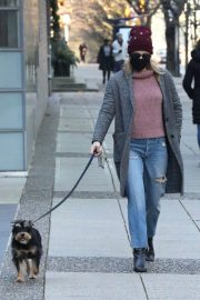 Lili Reinhart Out with Her Dog in Vancouver 12/05/2020 7