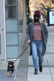 Lili Reinhart Out with Her Dog in Vancouver 12/05/2020 9