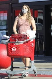 Pregnant April Love Geary shows off Baby Bump Shopping at Target in Los Angeles 12/04/2020 5