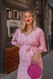 Pregnant Ashley James in Light Pink Outfit - Instagram Photos 10/28/2020 1