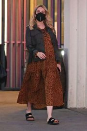 Pregnant Emma Roberts Out for Furniture Shopping in Los Angeles 11/24/2020 3