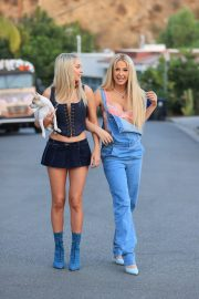 Tana Mongeau and Ashly Schwan as Paris and Nicole from The Simple Life in Los Angeles 10/28/2020 4