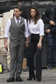 Tom Cruise and Hayley Atwell on the Set of Mission Impossible 7 in Rome 11/24/2020 6