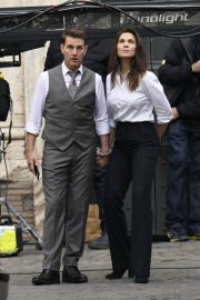 Tom Cruise and Hayley Atwell on the Set of Mission Impossible 7 in Rome 11/24/2020 7