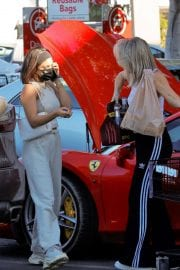 Vanessa Hudgens and GG Magree Out Shopping in Los Angeles 12/04/2020 8