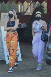 Vanessa Hudgens and GG Magree Shopping for a Christmas Tree in Los Angeles 12/05/2020 10