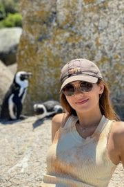 Victoria Justice Penguin Boulders Beach in South Africa 12/05/2020 5