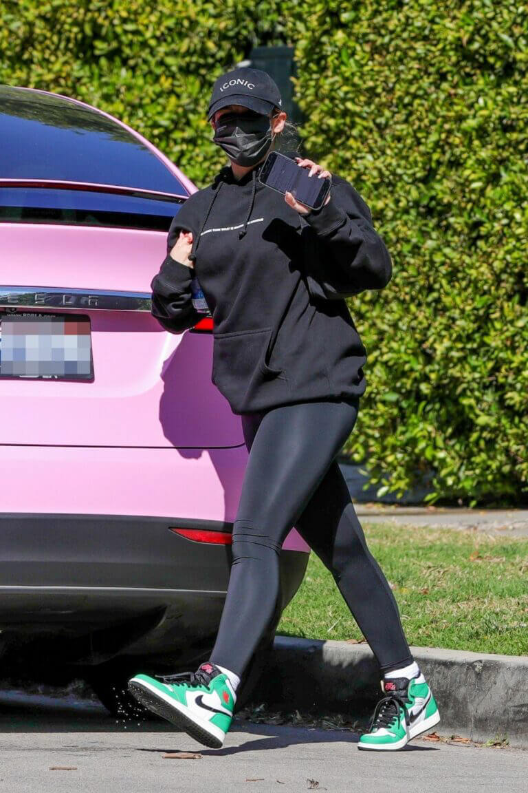 Addison Rae in Sport Look as She Arrives at Pilates Class in West Hollywood 02/24/2021 17