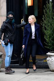 AnnaSophia Robb on the Set of Crime Series Dr. Death in New York 02/09/2021 7