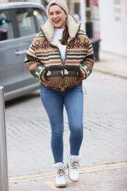 Kelly Brook in a High Neck Jacket with Denim Out in London 02/11/2021 4