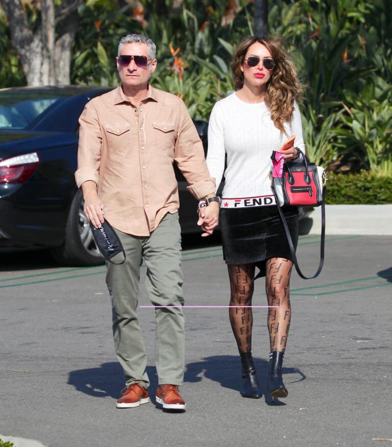 Kelly Dodd and Rick Leventhal Out for Lunch in Newport Beach 02/11/2021 4