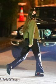 Kendall Jenner After Dinner Night Out in Los Angeles 02/10/2021 1