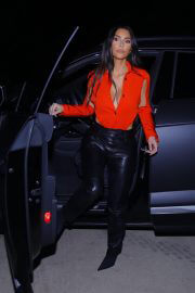Kim Kardashian in a Orange Color Stylish Top Night Out in Calabasas 02/10/2021 8