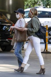 Kylie and Dannii Minogue Out in Melbourne 02/11/2021 9