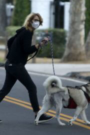 Laura Dern Out with Her Dogs on Her Birthday in Los Angeles 02/10/2021 1