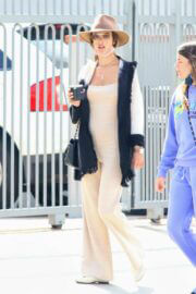 Alessandra Ambrosio wore a Chic Jumpsuit and Beige Fedora Hat as She is Out for Coffee with her Pal in Malibu 03/14/2021 4