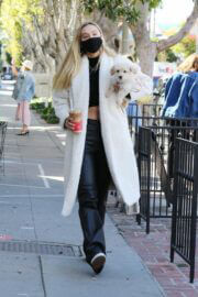 Alexis Ren Showcased Her Flat Tummy During Coffee Run with Her Dog in West Hollywood 03/11/2021 4