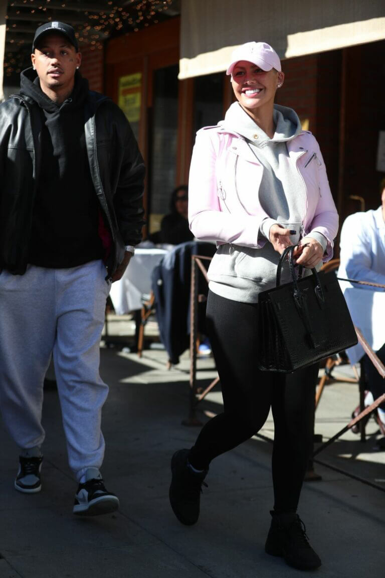 Amber Rose spotted with Boyfriend AE Edwards at La Scala in Beverly Hills 03/11/2021 2