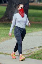 Amy Adams Steps Out at Griffith Park in Los Angeles 03/24/2021 5