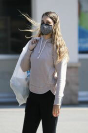 April Love Geary Looks Effortlessly Chic in Hoodie with Jeggings as She is Shopping at Ross in Los Angeles 03/12/2021 5