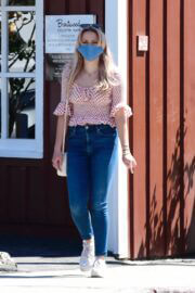 Ava Elizabeth Phillippe Out For Shopping In Brentwood Country Mart 03/20/2021 5