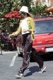 Behati Prinsloo and Adam Levine Day Out in Montecito 03/21/2021 2
