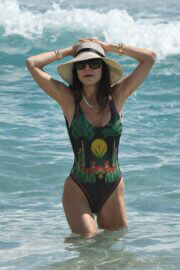 Bethenny Frankel Enjoys in Swimsuit at a Beach in Miami 03/20/2021 1
