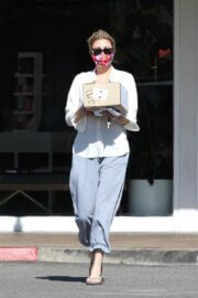 Brandi Glanville Spotted at a Post Office in Bel-Air 03/08/2021 2