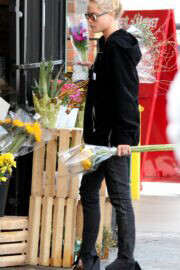 Brooke Perry Day Out for Buying Flowers in West Hollywood 03/10/2021 1