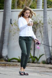 Chrishell Stause Stepped Out with Her Dog in Los Angeles 03/10/2021 6
