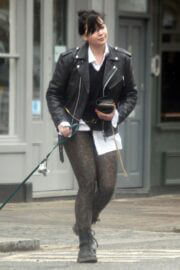Daisy Lowe Day Out with Her Dog in Primrose Hill 03/25/2021 4