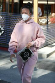Draya Michele Steps Out for Lunch in Beverly Hills 03/11/2021 1