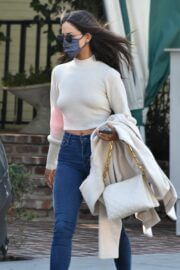 Eiza Gonzalez in Backless Cream Top Spotted at San Vicente Bungalows in West Hollywood 03/13/2021 2