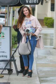 Elisa Jordana with her Pet at Urth Caffe in Los Angeles 03/10/2021 4