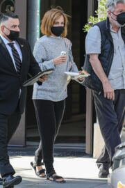 Emma Watson with Her Boy Friend Leaves a Tailor in Beverly Hills 03/10/2021 4