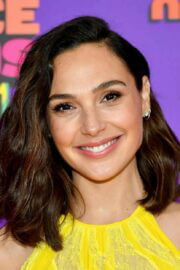 Gal Gadot attends Nickelodeon's 2021 Kids' Choice Awards in Santa Monica 03/13/2021 2