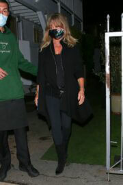 Goldie Hawn and Kurt Russell Step Out at Giorgio Baldi Restaurant in Santa Monica 03/10/2021 2