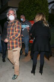 Goldie Hawn and Kurt Russell Step Out at Giorgio Baldi Restaurant in Santa Monica 03/10/2021 5