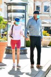 Hayley Roberts and David Hasselhoff Seen at Le Pain Quotidien in Calabasas 03/20/2021 4