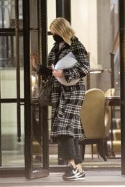 Holly Willoughby in Check Overcoat Leaves Corinthia Hotel 03/13/2021 6
