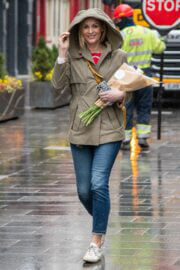 Jenni Falconer in Khaki Jacket and Blue Denim as She Leaves Smooth Radio in London 03/10/2021 3
