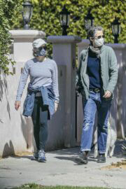 Jodie Foster and Alexandra Hedison Day Out with Their Dog in Santa Monica 03/23/2021 7