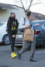 Jordyn Woods Out with Her Sister Jodie at Erewhon Organic in Calabasas 03/21/2021 1