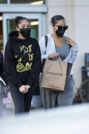 Jordyn Woods Out with Her Sister Jodie at Erewhon Organic in Calabasas 03/21/2021 7