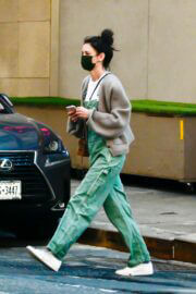 Katie Holmes Day Out in New York 03/11/2021 4