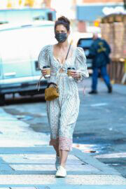 Katie Holmes in Bohemian Dress Having Coffee in New York 03/10/2021 4
